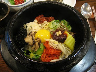 Bibimbap with kimchi